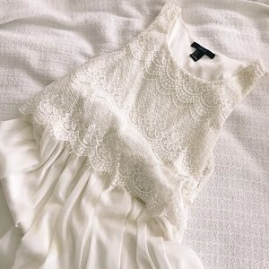 FOREVER 21 - Lace Dress